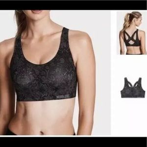 Victoria's Secret Intimates & Sleepwear - VICTORIA'S SECRET ANGEL MAX Sports Bra 36C